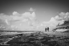 EH_00212 (einhundertstel.eu) Tags: rügen ostsee dranske wolken himmel outdoor schwarzweis blackandwhite baltic sea bw bnw coast