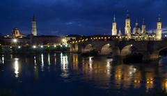 Zaragoza Classic (Stefano Avolio) Tags: saragozza thebluehour ebro ponte bridge night nuestraseñoradelpilar virgendelpilar nostrasignoradelpilar pilar puentedepiedra pontedeileoni catedraldelsalvador bridgeoflions stonebridge zaragoza river