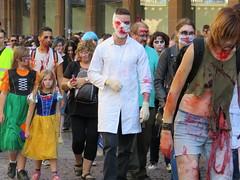 IMG_6139 (molaire2) Tags: strasbourg zombie walk 2018 alsace estrasburgo zombi festival fantastique horreur film parade