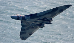 Vulcan (Bernie Condon) Tags: avro vulcan bomber raf royalairforce military warplane classic preserved vintage bombercommand strikecommand 1group vtts xh558 airshow aircraft plane flying aviation display sea water channel beachyhead eastbourne