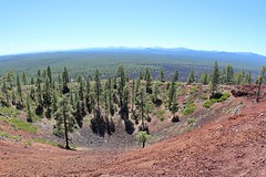 Lava Butte on top of 5,020 feet (daveynin) Tags: newberry volcanic oregon trail crater