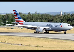 A330-243 | American | N282AY | FRA (Christian Junker | Photography) Tags: nikon nikkor d800 d800e dslr 70200mm aero plane aircraft airbus a330243 a330200 332 330 a332 a330 americanairlines american aa aal aa704 aal704 american704 n282ay oneworld heavy widebody arrival landing 07l reverser airline airport aviation planespotting 1069 frankfurtinternationalairport rheinmain rheinmaininternationalairport fra eddf fraport frankfurt frankfurtmain hessen hesse germany europe spotterpointnorth diedüne thedune christianjunker flickraward flickrtravelaward worldtrekker superflickers zensational