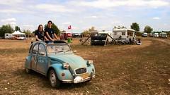 99,5 Years of Citroën - Maurik (Skylark92) Tags: citroën water forest boat sky grass gelderland maurik van eiland window windshield tree building car road citroen jaar 100 holland netherlands nederland vehicle 2cv 6 hy camping