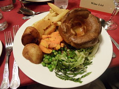 Roast beef at The Lion Inn (Nekoglyph) Tags: lunch food plate cutlery roast sunday beef yorkshirepudding vegetables mashed carrot swede cabbage potatoes chips peas thelioninn blakeyridge yorkshire