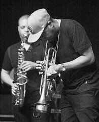 Alex Han (as) Russel Gunn (tp) Marcus Miller Laid Black Tour, Dinant Jazz, Belgium (claude lina) Tags: claudelina belgique belgium belgïe musique dinant dinantjazzfestival jazz musiciens concert instruments marcusmillerlaidblacktour alexhan altosax saxalto saxophone russelgunn trompette trumpet