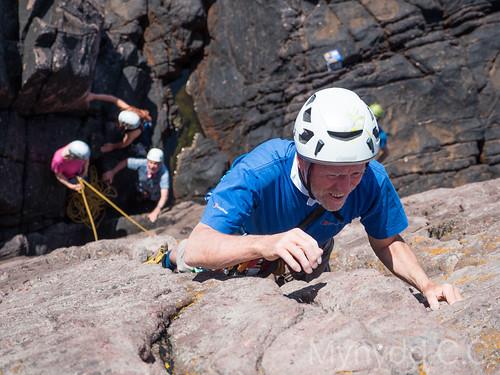 Dick W climbing at Reiff 1
