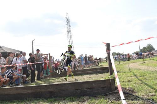 ezc-u23 (190)