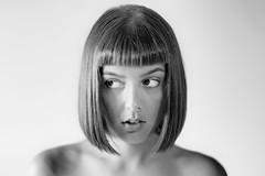 Sguardo di traverso (drugodragodiego) Tags: chiara portrait ritratto girl woman female eyes caschetto biancoenero blackandwhite blackwhite bw pentax pentaxk1 k1 carlzeiss planart1485zk planart1485mm pentaxart