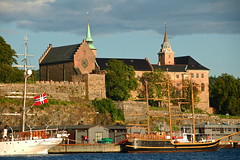 Akershus Castle, Oslo Norway (Gail K E) Tags: norway oslo castle fortress medieval osloharbor norge norse viking akershus sailboat