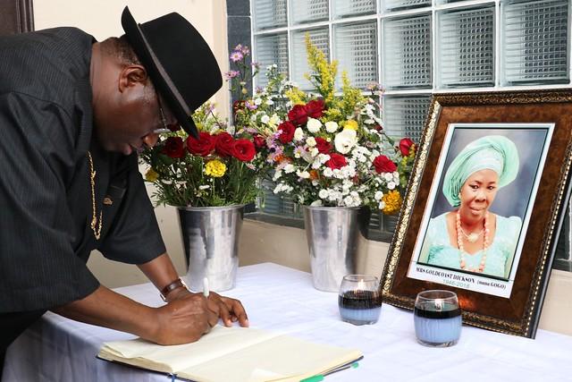 HSDickson-Condolence Visit by Former President Goodluck Ebele Jonathan. 31st August 2018