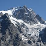 The majestic La Meije (3984m) - Tour de l'Oisans et des Écrins (GR54) thumbnail