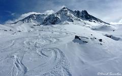 Aiguille de Péclet (Dave Snowdon (Wipeout Dave)) Tags: davidsnowdonphotography panasonic lumixdmctz6 landscape alps alpine alpes hautesavoie france frenchalps massifdelavanoise graianalps aiguilledepéclet mountain snow winter skiing valthorens