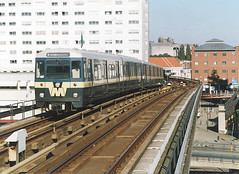 30[1] (langerak1985) Tags: metro subway ret mg2 emmetje