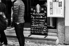 Husband stays (CB-Photos) Tags: bw husband smile pag parah daycare yourself shopping relax you his funny drinks needtime restaurant bar old pay only leave stay mannsworld schwarzweis stays street