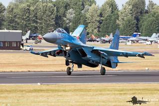Sukhoi Su-27P - 5