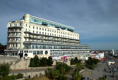 Photo of Park Inn by Radisson Palace Southend-on-Sea Hotel (Tony Worrall) Tags: southeast southern south seasidetown seaside resort town architecture building built hotel palace large white southend southendonsea update place location uk england visit area attraction open stream tour country item greatbritain britain english british gb capture buy stock sell sale outside outdoors caught photo shoot shot picture captured holiday tourist park inn radisson