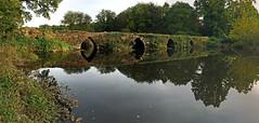 Pont-Plounevezel-01w (yanific) Tags: bretagne argoat finistère plounévézel pont reflets brittany bridge oldbridge