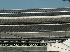 DSCF9826 (Benoit Vellieux) Tags: france rhônealpes auvergnerhônealpes lyon 2èmearrondissement 2nddistrict perrache gare station bahnhof toit sky himmel ciel escalier stairs staircase treppe roof dach filsélectriques elektrokabel stromleitungen electriccables electricwires