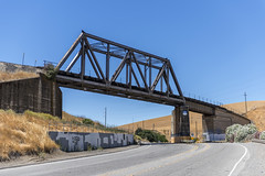 Curved Bridge Over Altamont (dcnelson1898) Tags: alamedacounty california altamontpass northerncalifornia hills golden