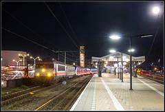 RXP 9901+NSR SNG 2715+2716, Hengelo, 25-9-2018 (Allard Bezoen) Tags: trein train zug lok elok loc eloc locomotief lokomotieve locomotive loco alsthom alstom gec mte francorail nez cassé ex locon ns rxp railexperts 9900 9901 nsr nederlandse spoorwegen reizigers 2700 sng sprinter nieuwe generatie 2715 2716 hengelo station overbrenging