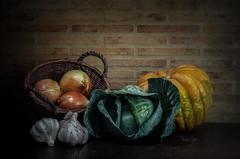 De la huerta.... (JACRIS08) Tags: verduras de la huerta stilllife bodegon calabaza verde texturas