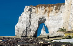 Perspective normande (vegard.magnus) Tags: normandie normandy manneporte etretat aiguille falaise cliff côte albâtre ocean sea perspective landscape seascape france paysage erosion olympus em5 em5mkii 43 four thirds hybrid