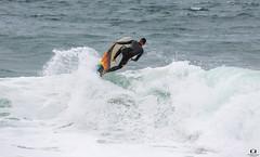 Surfer à Hossegor ( Landes) (Didier Gozzo) Tags: ngc water eau océan wawes vagues sea mer canon outdoor landes hossegor surfer
