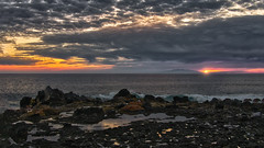 December Sunset 5 (Jörg Bergmann) Tags: 2018 crepúsculo elhierro islascanarias lumixg20f17 lagomera panasonic20mmf17 panasonicdmcgm1 pancake sonnenuntergang vallegranrey atardecer backlight canarias canaryislands coast december españa gm1 goldenhour gomera hiver invierno lumix lumix20mm m43 mft micro43 microfourthirds ocean panasonic puestadesol rocks sea seascape spain sun sunburst sundown sunset travel vacation water winter μ43