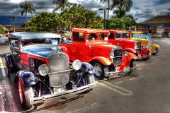Old timers (Peter Szasz) Tags: hawaii maui kihei hdr tropical clouds colourful city parking palm trees concrete car tire exhibition old timer veteran summer sky automobile vehicle