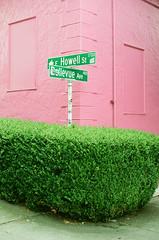 Seattle (Travis Estell) Tags: seattleonfilm pinkandgreen washington seattle portra160 thedarkroomlab kodakportra160 corner 35mmfilm greenandpink washingtononfilm canonae1 bush unitedstates