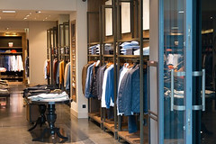 Retail Showroom Office Space in Bhiwadi (m.developers20) Tags: business arcade commercial projects bhiwadi food courts spaces fully furnished service apartments