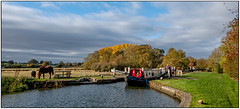 Pyewells Lock (Peter Leigh50) Tags: canal grand union lock landscape landschaft autumn autume narrow boat horse people field farmland water trees sky cloud sunshine sunny