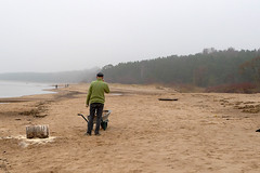 Holzhacker (claudipr0) Tags: lettland baltikum latvia strand ostsee sea beach balticsea holzacker wood saulkrasti