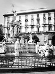 4799 - Neptune's Fountain (Diego Rosato) Tags: triton neptune tritone nettuno fontana fountain napoli naples fuji x30 rawtherapee bianconero blackwhite