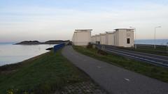 DSCN8791 (DutchRoadMovies) Tags: stevinsluizen afsluitdijk den oever a7 rijksweg ijsselmeer waddenzee bridge lake freeway motorway water sea locks
