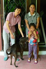 recent visitors (the foreign photographer - ฝรั่งถ่) Tags: wife vegetable lady cute child hersey our house bangkhen bangkok thailand nikon d3200