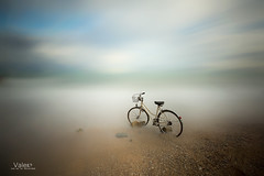 I will never walk alone (Valero-Xixona) Tags: valero villajoyosa bici sola mar nubes playa arena antigua