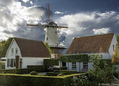 Entre deux (musette thierry) Tags: mill moulin wemeldinge paysbas holande nederland europe musette thierry nikon d800 maison architecture photographie photograph falowme