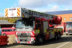 PO68 WLW (Ben - NorthEast Photographer) Tags: greater manchester fire rescue service gmfrs volvo 7698cc bhp 3218 diseal tl turntable ladder platform ariel 42m height working woh 68 plate brand new cage po68 wlw po68wlw