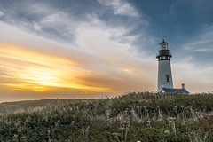Yaquina Lighthouse, Newport Oregon (Joel L. Hardin) Tags: yaquina lighthouse newportoregon oregon coast beach northwest pacific golden hour sunset