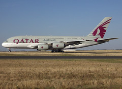 "A7-APB, Airbus A380-861, c/n 143, Qatar Airways, ""العصيمية (Al-Aasimia)"", CDG/LFPG 2018-10-15, taxiway Bravo-Loop, heading to runway 09R, bound to Doha. (alaindurandpatrick) Tags: qr qtr qatari qatarairways airlines a7apb cn143 a380 a388 a380800 airbus airbusa380 airbusa380200 megabus jetliners airliners cdg lfpg parisroissycdg airports aviationphotography"