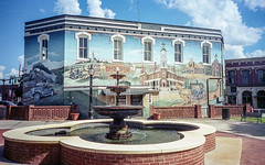 Main Mural - Barnesville (Neal3K) Tags: barnesvillega constructioncamera filmcamera fujiworkrecord35mm georgia kodakportra400 workcamera