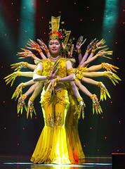 DAG_8668r (crobart) Tags: thousand hand bodhisattva eyes yate dance acrobatic team chinese china canadian national exhibition cne 2018 toronto