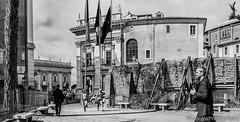 Roma Piazza Del Campidoglio (federicoloforte) Tags: roma palazzo bandiere campidoglio hd bianco nero italia