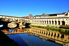 Florence (Tof-H) Tags: florence firenze ponte vecchio toscana italia reflet reflection