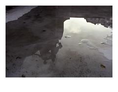 161119_00013_OM2n_city fragment 4/20 (A Is To B As B Is To C) Tags: aistobasbistoc b belgië belgium antwerpen antwerp zuid lambermontplaats city fragment olympus om2n analog film fuji fujifilm fujicolor fujifilmsuperia superia color urban reflection reflectie water fountain sculpture light shadow early evening sky facade kasteelstraat leopolddewaelstraat 1912 eclectisch neobarok beeldhouwer léandregrandmoulin architect fvanholder