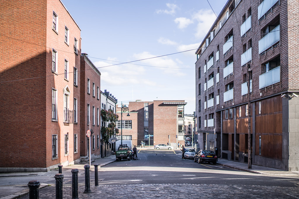 HENRIETTA STREET [WAS ONE OF THE WEALTHIEST STREETS IN THE BRITISH EMPIRE]-144925