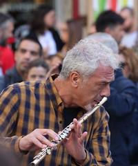 Street Music (jmaxtours) Tags: streetmusic streetmusician elrastrodemadrid elrastro madrid spain madridspain fleamarket streetmarket sunday sundaymarket