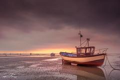 Thorpe Bay Low Tide (Aron Radford Photography) Tags: thorpe bay southend shoeburyness essex boat beach sand low tide coast sunrise