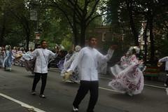 IMG_9676 (clarisel) Tags: c 2018 photo by clarisel gonzalez eldesfiledelahispanidad hispanicheritageparade columbus newyorkcity latino parade